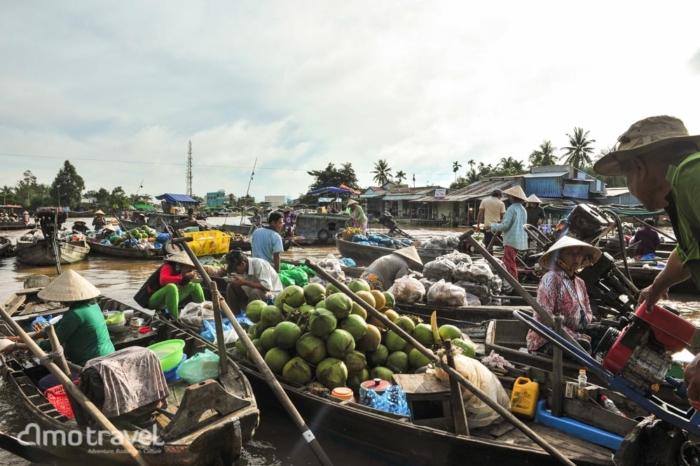 Il mercato galleggiante a Can Tho